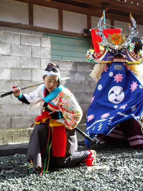 田郷鹿子踊