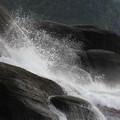 知床岬の波飛沫