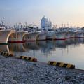 出漁待つ漁船