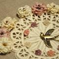 写真: 花と小鳥のチャーム.:*
