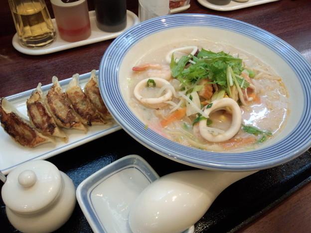Photos: リンガーハット フジグラン松山店@宮田町(愛媛)