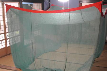 母屋の蚊帳