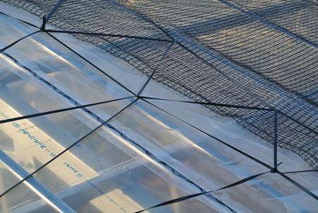 ビニールハウスの風対策