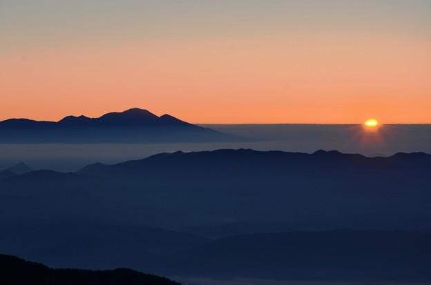 山頂の日出