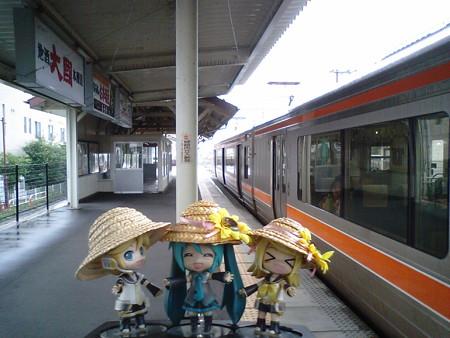 伊那市駅に無事到着です!!...