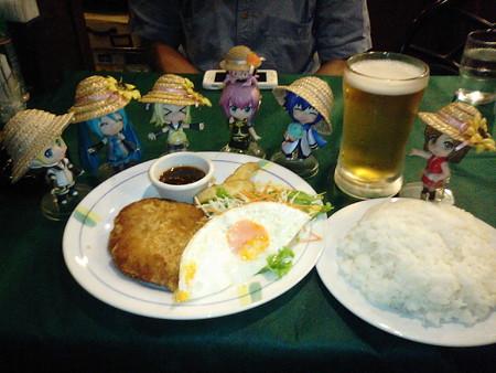 秋GIGO地下のカフェで、ゆずはさんと共に夕食なう。