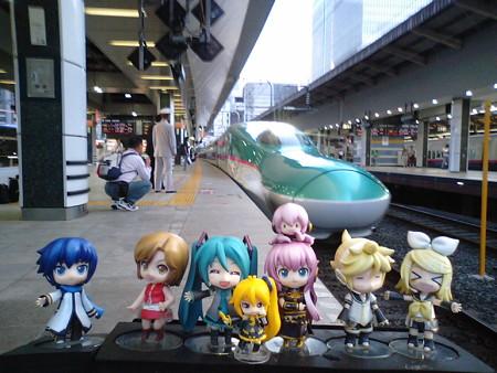 それでは2泊3日の青森旅行、開始します!! まずはみっくみく新幹...