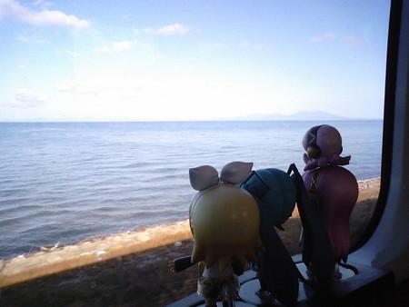 有戸→吹越間。 リン:「うみうみ海海海ーーー♪」 ミク:「うみう...
