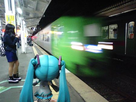 ミク:「新青森駅まで一駅乗る時は、特急券はいらないんですよね」 ...