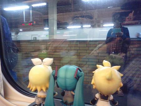盛岡駅に停車。