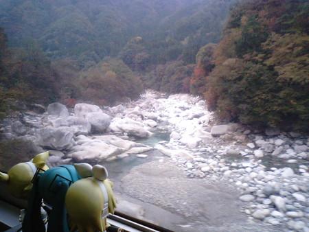 原向→沢入間。栃木県から再び群馬県に戻りました。 ミク:「所々、...