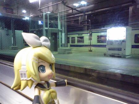 行橋駅に停車。宇佐~行橋間でなんとかぶろぐ書ききった(><;) リン...