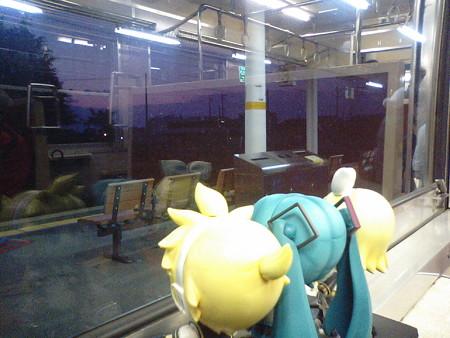 黒部駅に停車。特急待ち6分。
