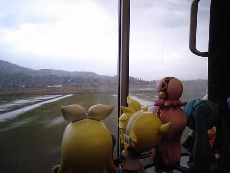 規制解除キター\(゜∀゜)/ だけど雨降ってて、悪天候は相変わらず...