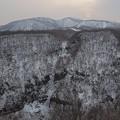 凍てつく断崖