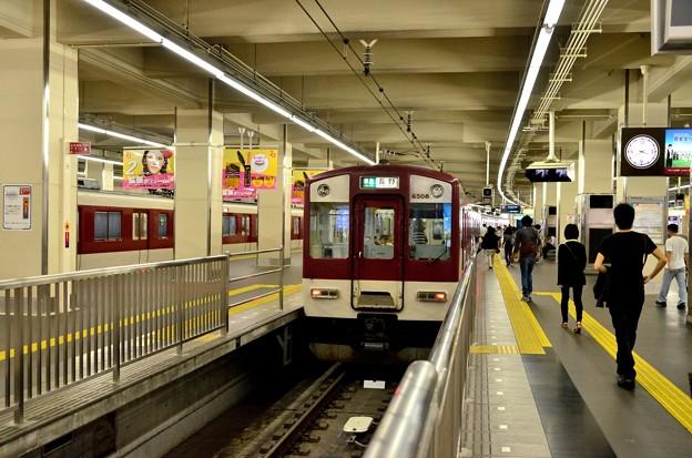 2013_1006_153950_6407系電車