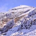 Photos: 岩と雪