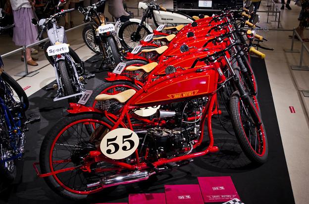 謎の男 #003 SNAKE MOTORS K-16_レッド