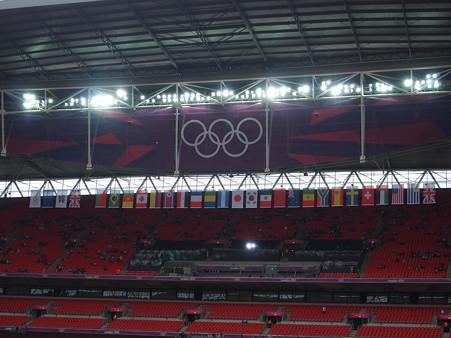 スタジアム内の国旗