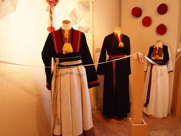 女子伝統衣装