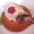桜とグリオットチェリーのパンケーキ