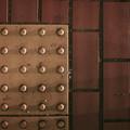 Photos: 点字ブロックの立体感