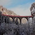 Photos: レーティッシュ鉄道アルブラ線のランドヴァッサー橋を渡る急行列車(スイス)