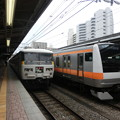 Photos: 踊り子とE233系