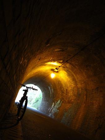宇津ノ谷 明治のトンネル内1