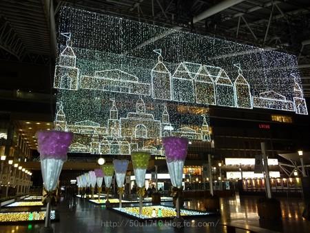 131229-大阪駅 時空の広場(夜) (11)