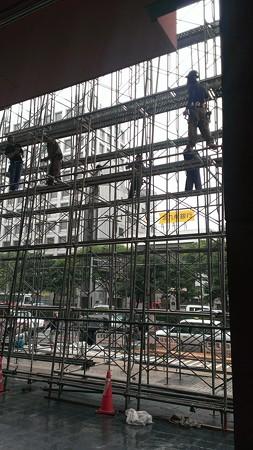 2013年飾り山おすすめ見学ルート04呉服町駅飾り山建設中