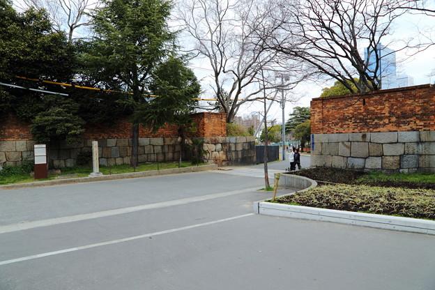 砲兵工廠の入口