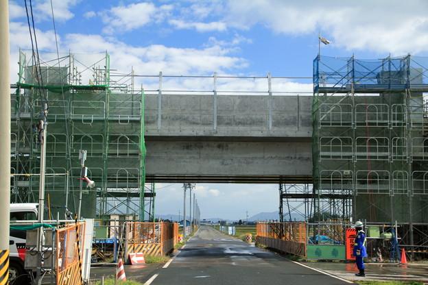 北海道新幹線高架橋建設中05-12.10.24