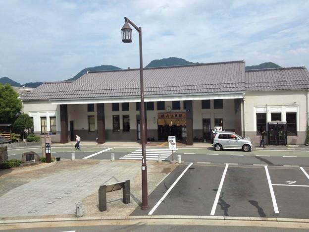 写真: 城崎温泉駅
