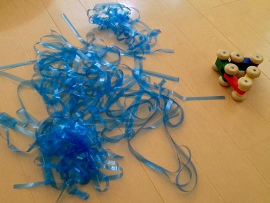 ブルーのテープ