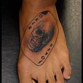 大阪 タトゥー 刺青/タトゥー画像,ワンポイントタトゥー,トランプ,ブラック&グレー,髑髏