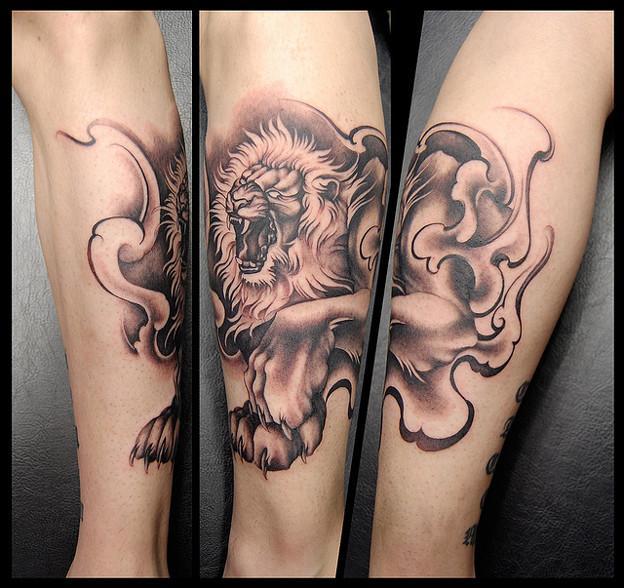 Photos: タトゥー大阪 刺青 ライオン/獅子,タトゥー 刺青画像 ブラック&グレー