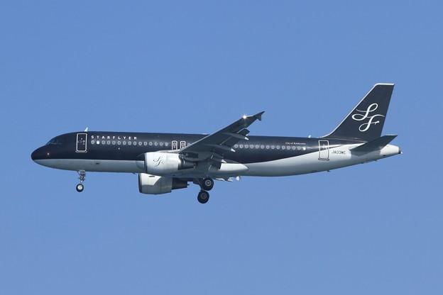 7G0080便(羽田行き) スターフライヤー A320-200