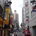 写真: 新宿の街並 (新宿区新宿)