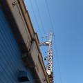 高架下の青色