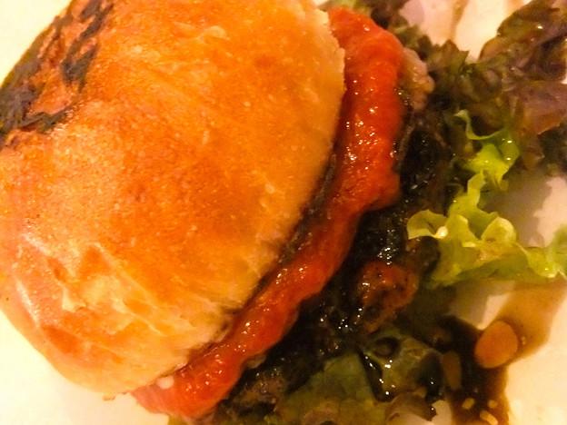 cowne burger brisket burger Hiroshima コウネバーガー