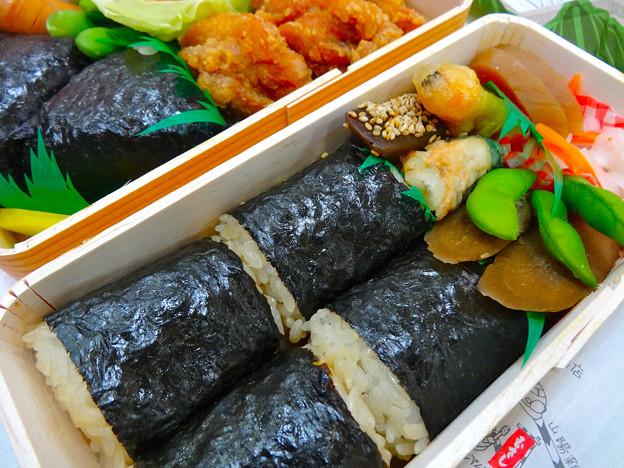 むすび むさし新幹線口店 山菜むすび 若鶏むすび Hiroshima Musashi 広島市南区松原町 広島駅 広島新幹線名店街