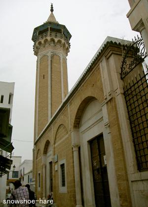 ハムダ・パシャ・モスクの塔