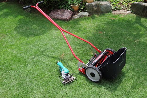 芝刈り機たち