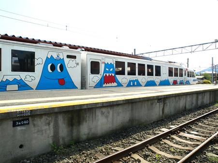 河口湖駅にて(21)