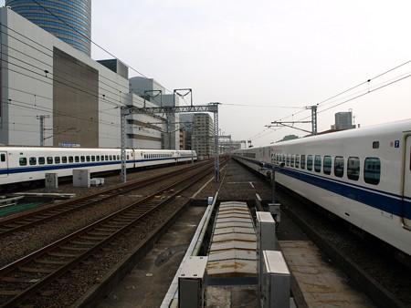 300系(新横浜駅)2