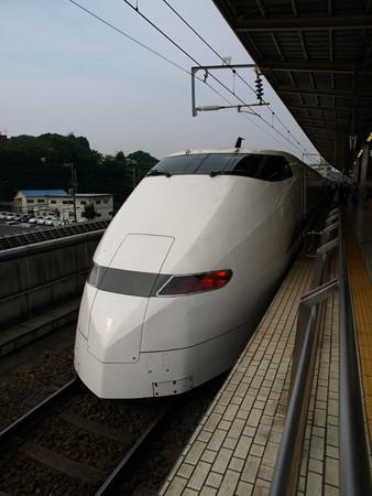 300系(新横浜駅)5