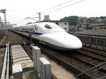 700系(新横浜駅)2