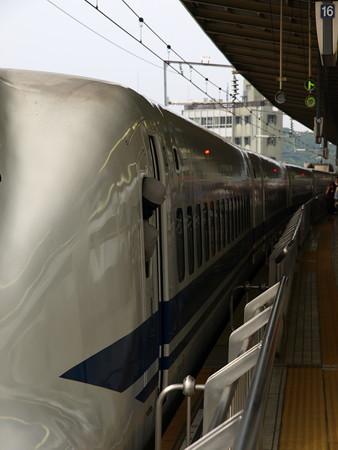 700系(新横浜駅)5