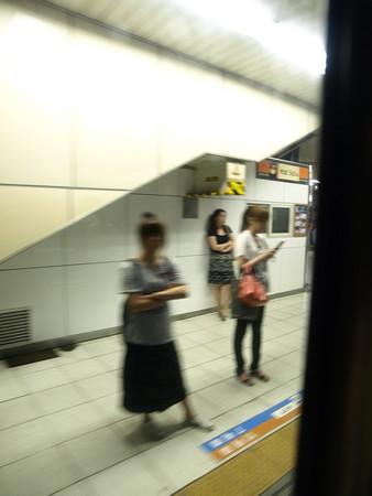 寝台特急北陸の車窓(大宮駅)5